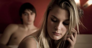 Les causes physiques et psychiques de la dyspareunie